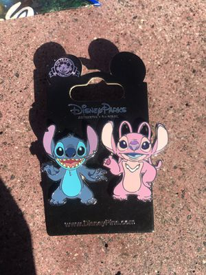 AUTHENTIC BRAND NEW STITCH & ANGEL DISNEY PIN SET for Sale in San Diego, CA