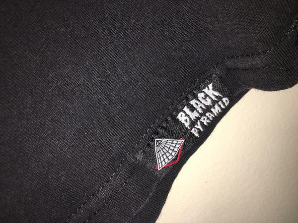 Men's Black Pyramid Shirt Large