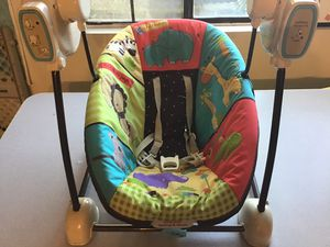 Baby swing Fisher price for Sale in Fontana, CA