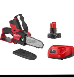 "Milwaukee 6"" Bar Chainsaw for Sale in Everett,  WA"