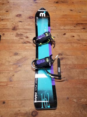 Mistral Snowboard with Kemper Bindings for Sale in Breezy Point, MN