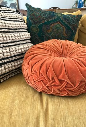 Urban outfitters Round Pintuck Pillow - burnt amber for Sale in Haddon Township, NJ