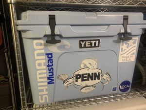 Yeti 50 cooler for Sale in Homestead, FL