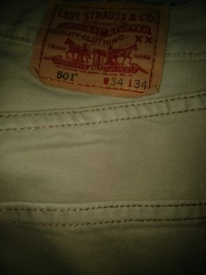 Levi's. 501 men size 34 x 34 for Sale in St. Louis, MO