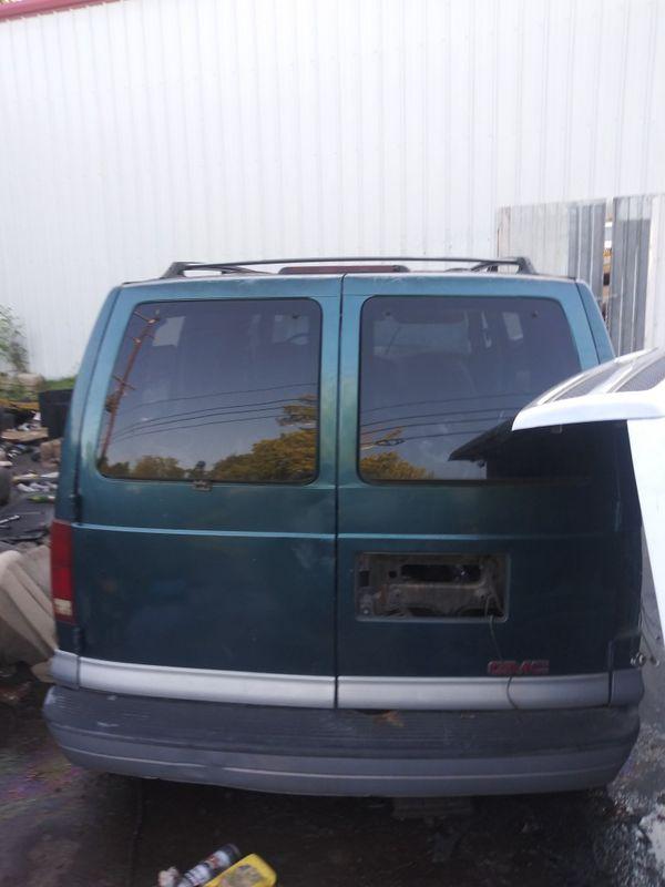 Parting out 99 GMC Safari van