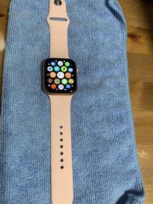 Apple watch series 5 44MM for Sale in Los Angeles, CA