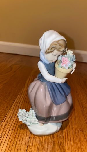 LLADRO 5223 for Sale in Valley Cottage, NY