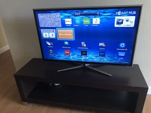 """40"""" Samsung LED TV with Stand. for Sale in Phoenix, AZ"""