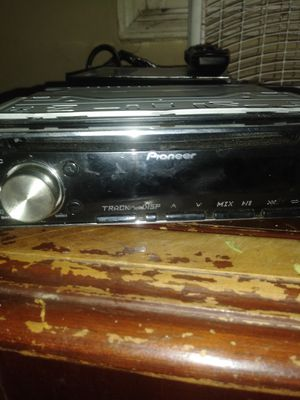 Pioneer Bluetooth radio for Sale in Detroit, MI