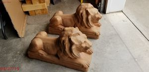 Vintage Pair of Large Concrete Lions for Sale in Williamsport, PA