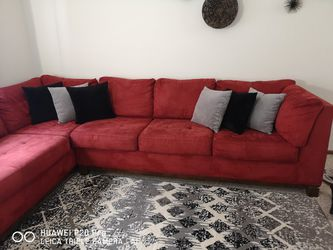 Sectional Red Sofa for Sale in Columbus,  OH