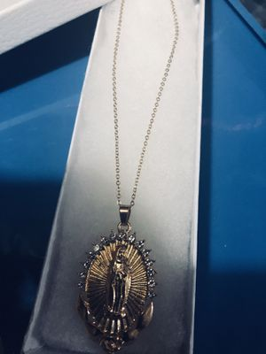 Our Blessed mother Mary in plated gold surrounded by diamond on gold plated chain for Sale in Tacoma, WA