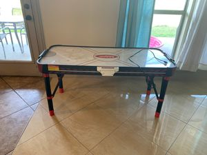 Air hockey table for Sale in Terrell, TX