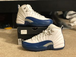 Nike Air Jordan 12 Retro GS French Blue Size 5Y for Sale in Hawthorn Woods, IL
