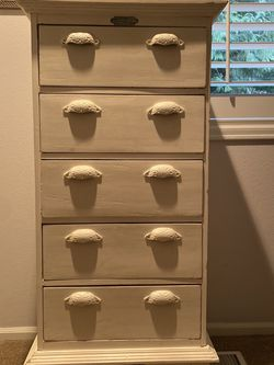 White Taller Style Dresser for Sale in Issaquah,  WA