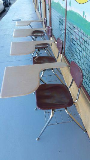 Kids Chair/desk for Sale in La Mesa, CA