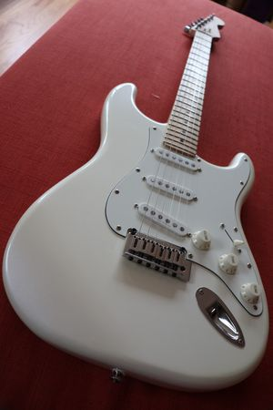 Squier Deluxe by Fender for Sale in Seattle, WA
