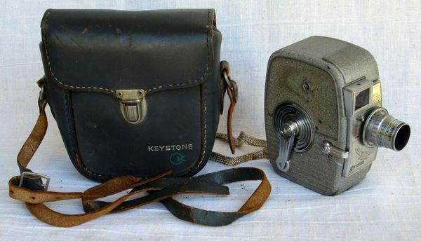 1950s Keystone K25 Capri 8mm Movie Camera for Sale in San Antonio, TX -  OfferUp