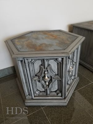 End Tables - dresser buffet vanity entry nightstand for Sale in Schaumburg, IL