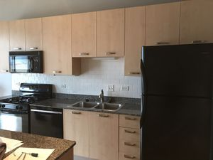 Kitchen cabinets, countertops and GE / Frigidaire :: for Sale in Chicago, IL