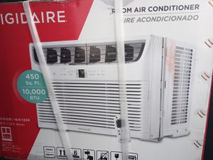 Brand new never used 10000 btu comes with remote retail 340 asking 280 for Sale in Plant City, FL
