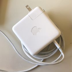 Apple Computer Charger for Sale in Los Angeles,  CA