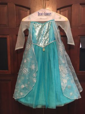 Disney Store Frozen Elsa Costume Size 3-4 for Sale in Tempe, AZ