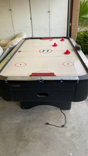Air hockey table for Sale in Henderson, NV