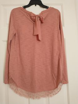 Lauren Conrad Lace Hem Tunic for Sale in Frederick,  MD
