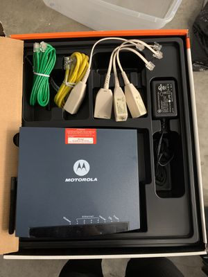 Motorola wireless router modem combo with cables and 4 pace dsl filter for Sale in Miami Beach, FL