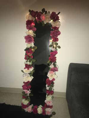 Full body mirror for Sale in St. Louis, MO