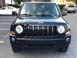 2012 Jeep Patriot 127k miles , $7900 for Sale in Everett, MA