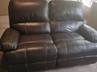 2x Brown Leather Loveseat Sofa for Sale in Issaquah,  WA