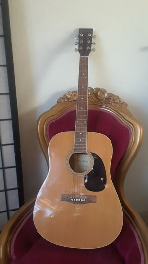 FULL SIZE SPECTRUM GUITAR MOD. # AIL123 A for Sale in Stockton, CA