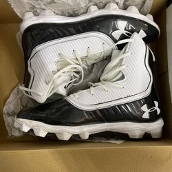 Under Armour High Top Cleats 11.5 for Sale in Chapel Hill,  NC