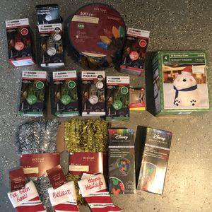 Christmas Decor Package; 17pc Blow out SPECIAL for Sale in McLean, VA