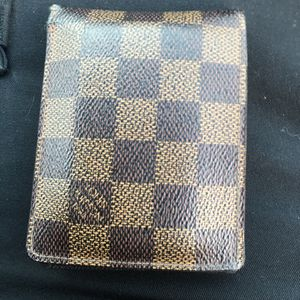 Louis Vuitton Wallet for Sale in Hayward, CA