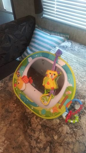 Crib or car seat baby lullaby toy that plays music with Mirror for Sale in Des Moines, IA