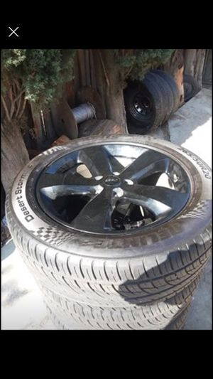 Jeep Grand Cherokee altitude wheels 20in for Sale in Fontana, CA