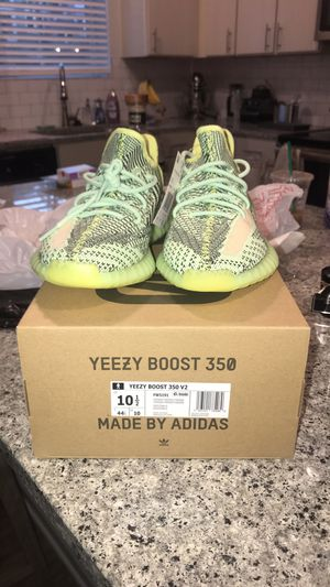 adidas yeezy 350 v2 yeezreel for Sale in Columbus, OH
