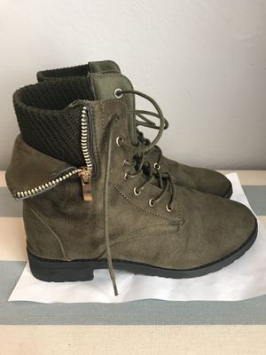 Women's Size 8/Girls Size 6.5 Combat Boots for Sale in Hazelwood, MO