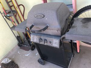 BBQ Grill (gas) for Sale in Inglewood, CA