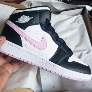 Nike air jordan 1 artic mid ds bg kids for Sale in Los Angeles, CA