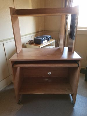 FREE Computer desk, pull out keyboard table, rollers 36x20x32 for Sale in Broadview, IL