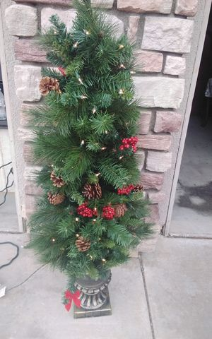 Lighted tree for Sale in Wildomar, CA