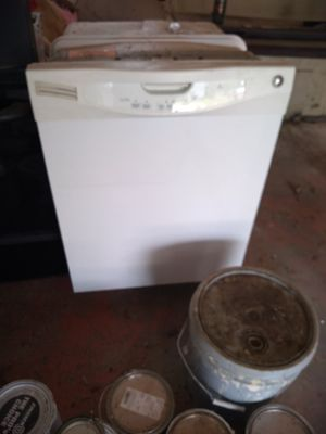 Dishwasher for Sale in Cleveland, OH