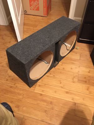 Dual ported subwoofer box for 2 12's for Sale in Antioch, CA