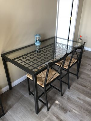 Dining Table with 4 chairs for Sale in Framingham, MA