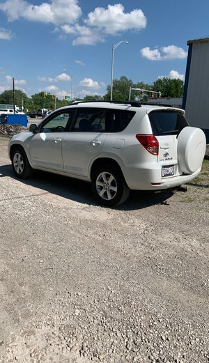 2008 Toyota rav 4 limited v6 one owner new tires repairs all thru dealer runs drives great no issues for Sale in Collinsville, IL