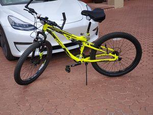 Huffy 27.5 Mountain Bike like new for Sale in Miami Gardens, FL